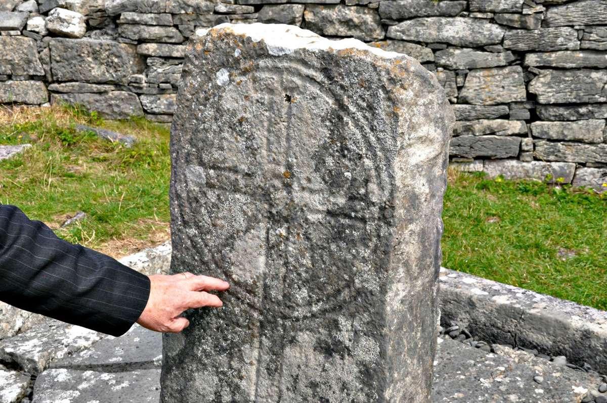 """Seven Romans"" gravestone."