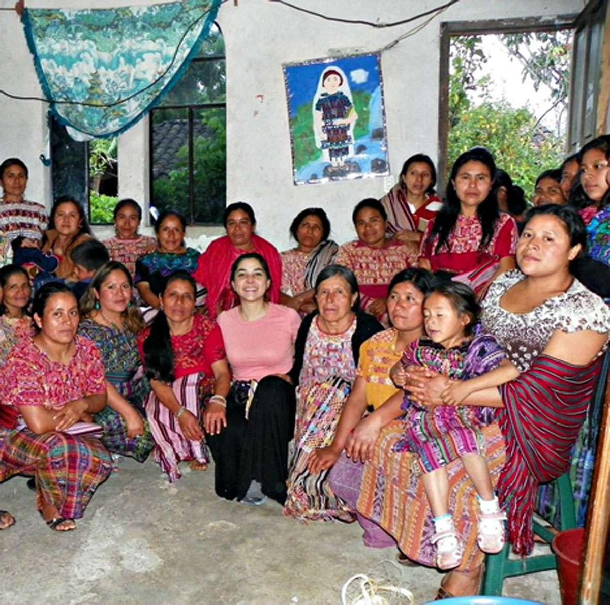 Introducing DIDART's methodology to women artisans in San Juan Cotzal, Quiché. Photo: Meg Pier