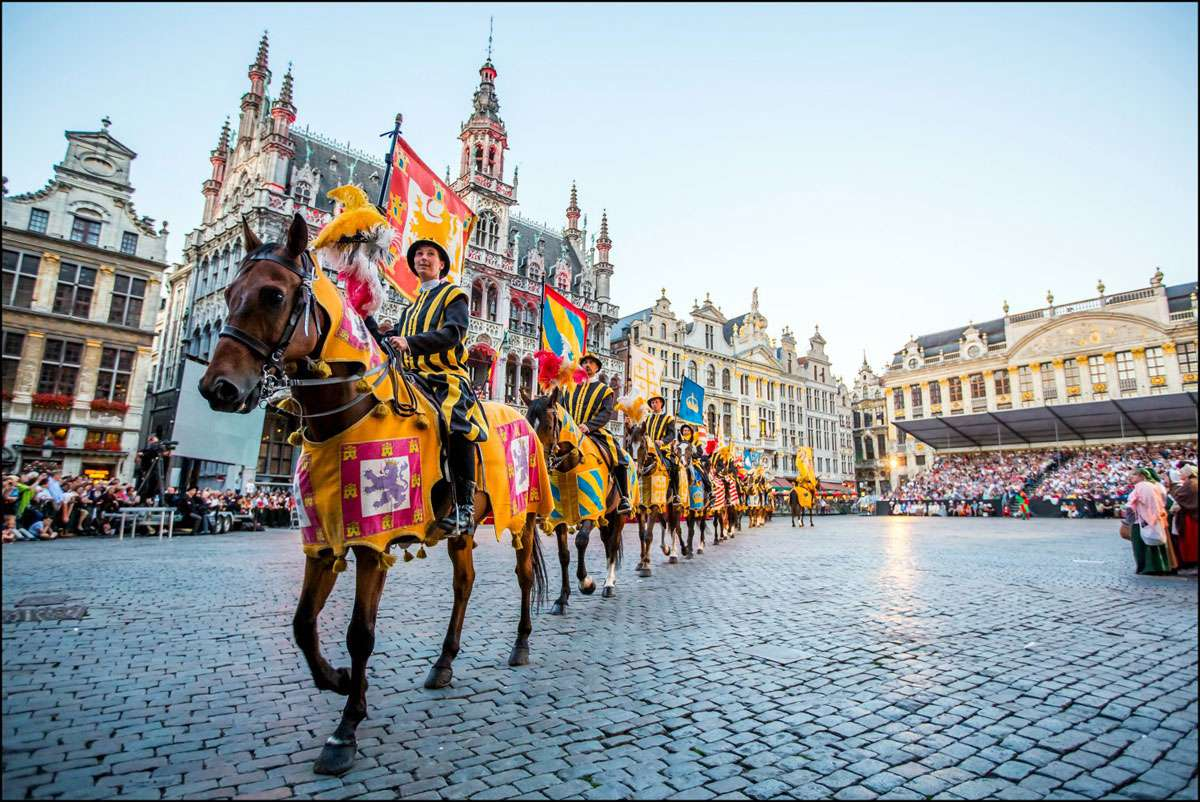 The Ommegang (medieval walk round) of Brussels, The European Routes of Emperor Charles V. Photo: EICR