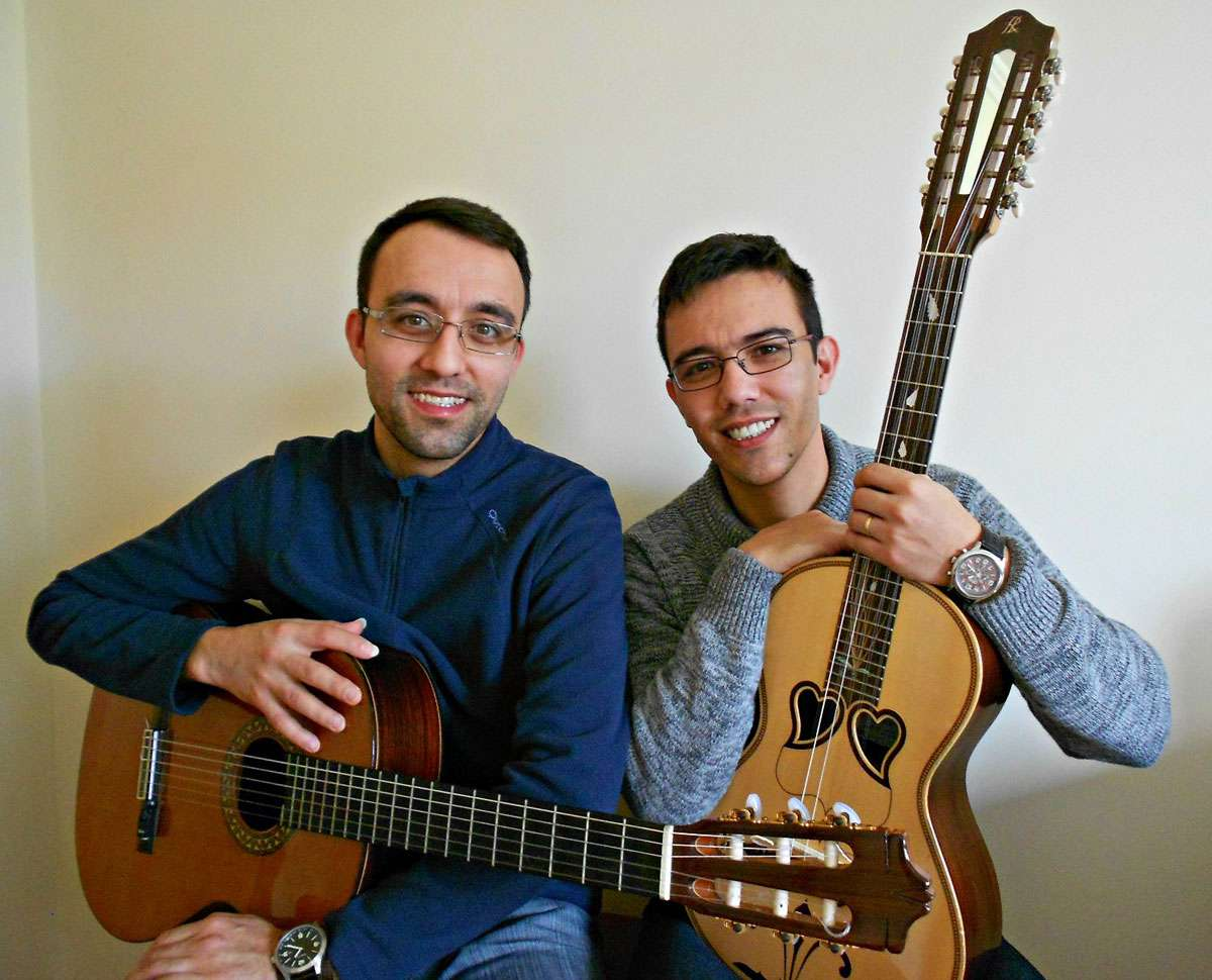 Cesar Manuel Carvalho and with his brother Rafael. Photo: Rafael Carvalho