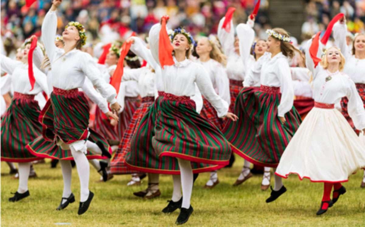 estonia+dance.jpg