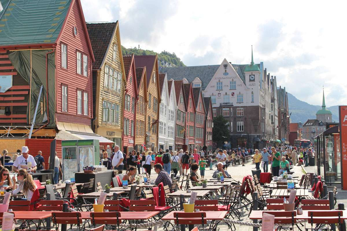 Bryggen, the old wharf of Bergen, is a UNESCO World Heritage Site, and a reminder of the town's importance as part of the Hanseatic League's trading empire from the 14th to the mid-16th century.
