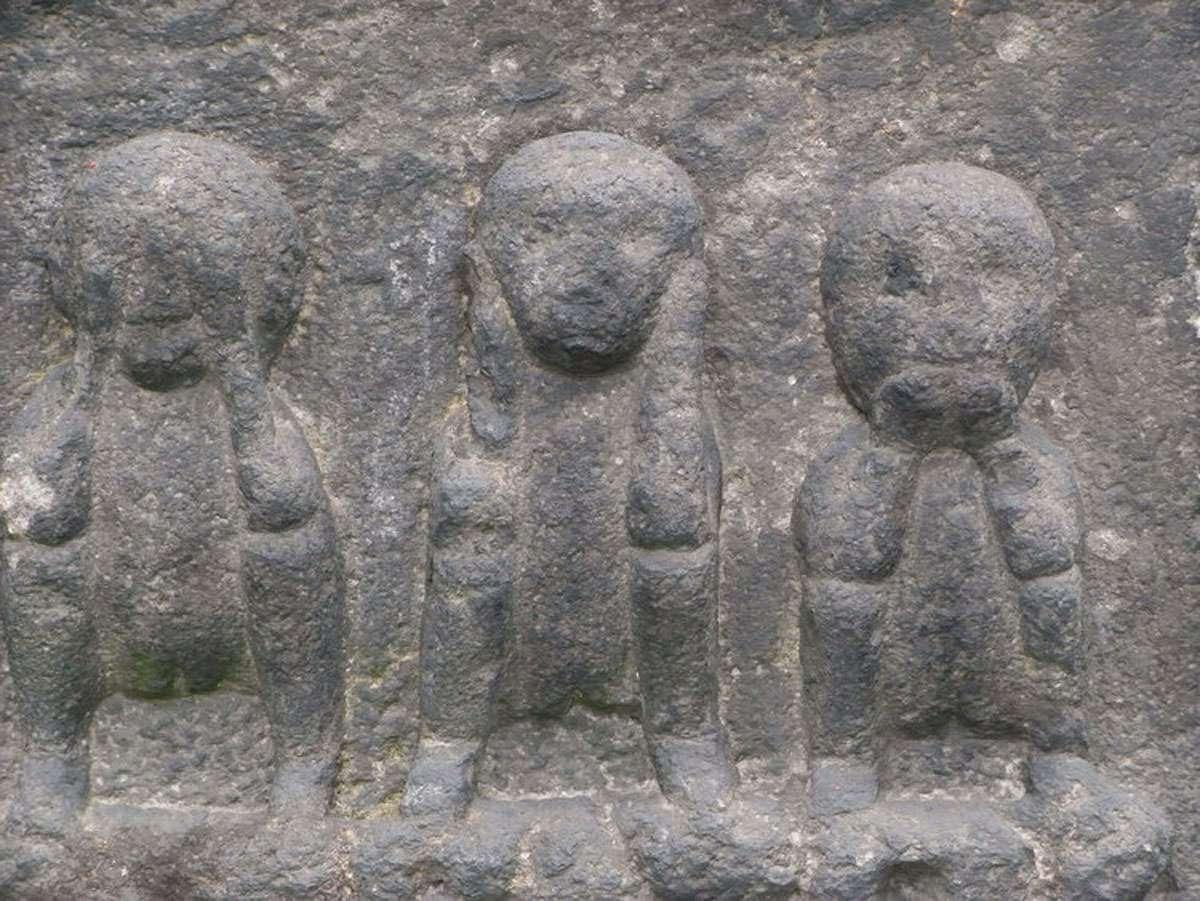 Mizaru, Kikazaru and Iwazaru. Photo: Ushio Nagashima