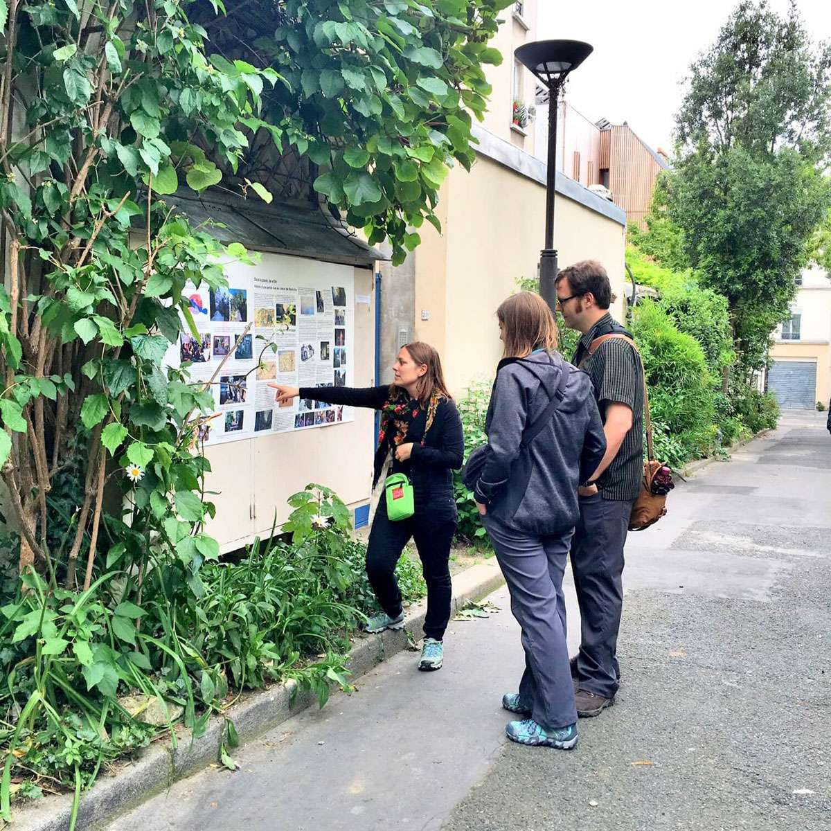 Paris greeters. Photo: Klaus Bostelmann