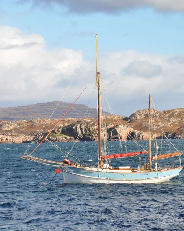 Sailing off Iona