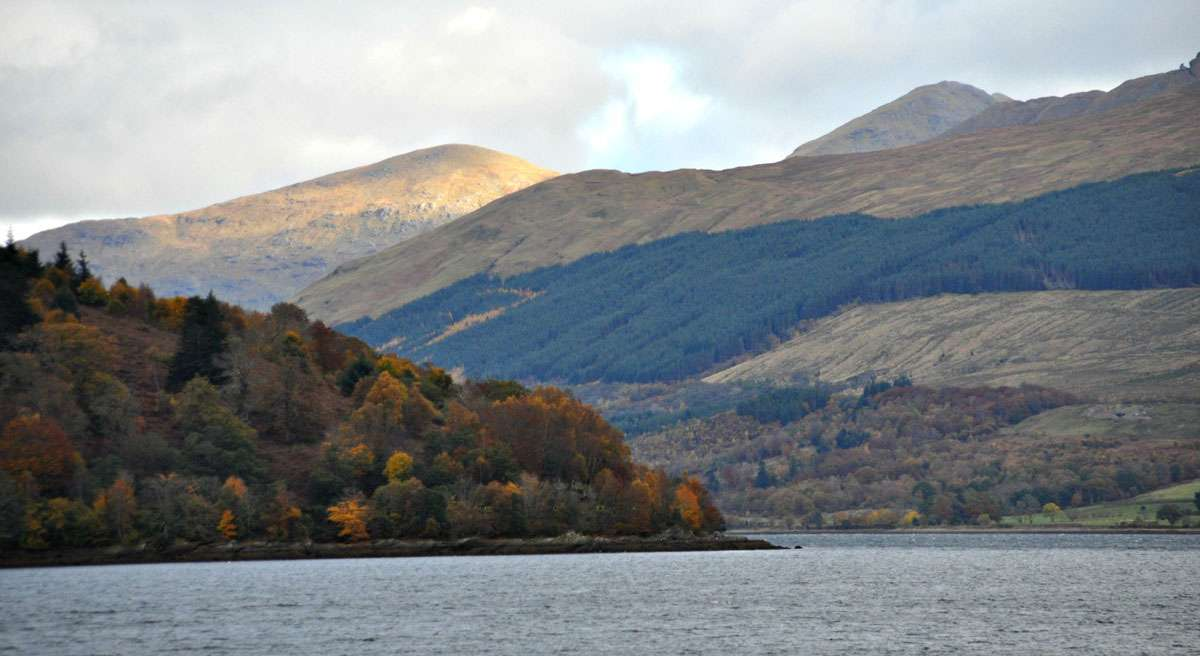 loch lomond enroute inveraray campbell clan scotland.jpg