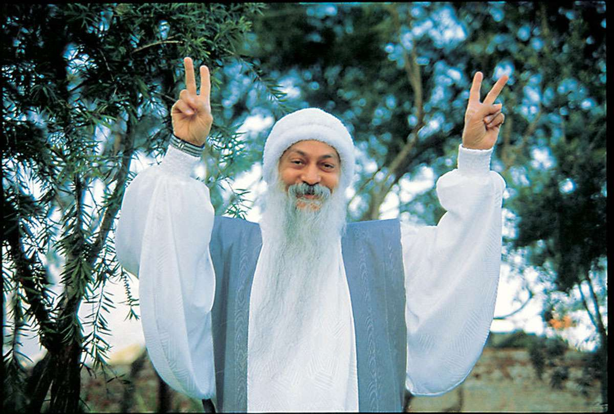 Osho - By Somprakashmlaobra (Own work) Photo:  Creative Commons