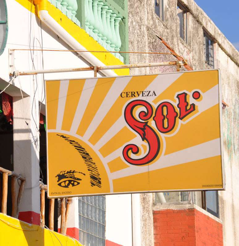 Slices of life on Playa del Carmen's Fifth Avenue