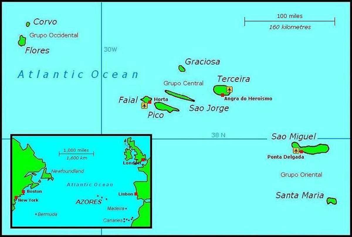 Location of Azores in Atlantic