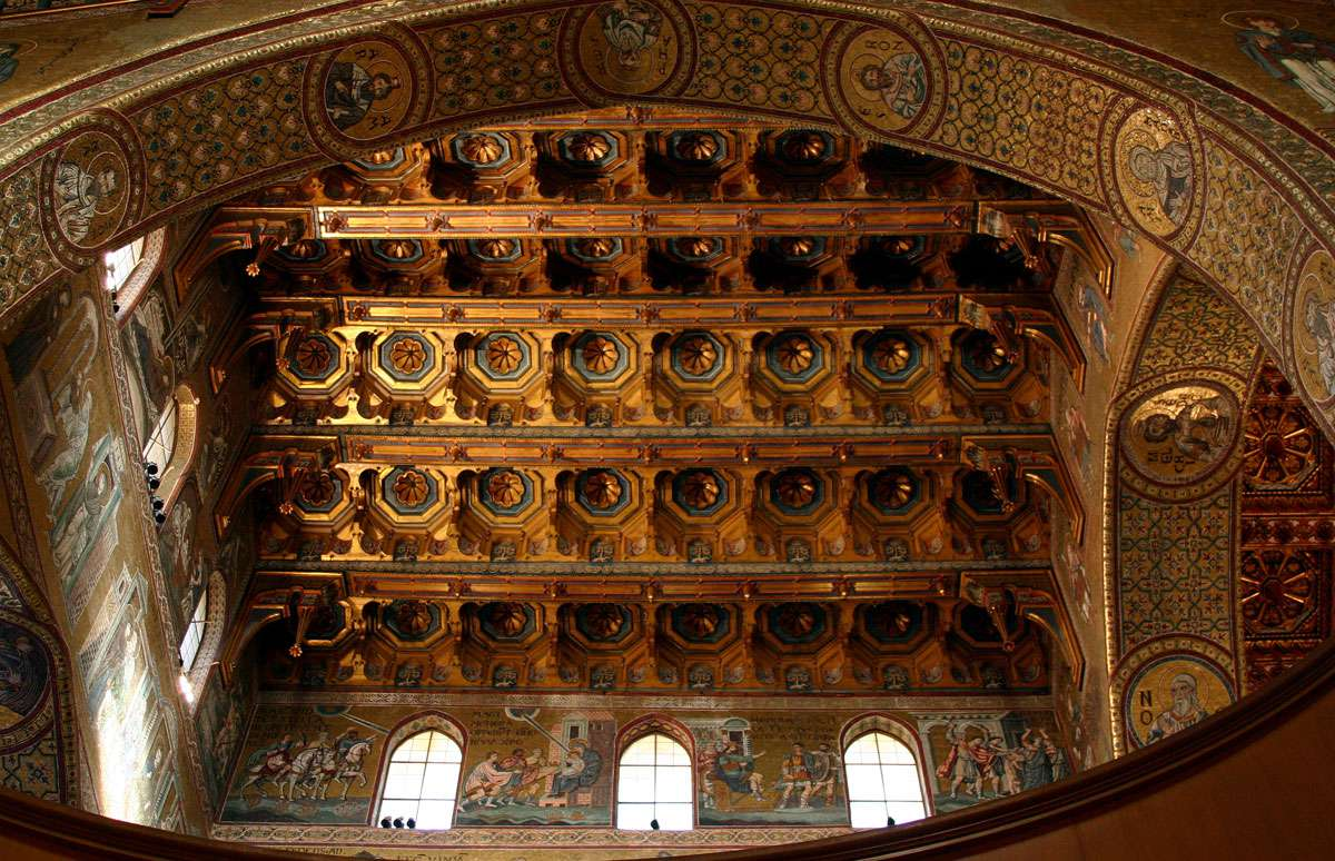 Ceiling_of_the_crossing_-_Cathedral_of_Monreale_-_Italy_2015.jpg