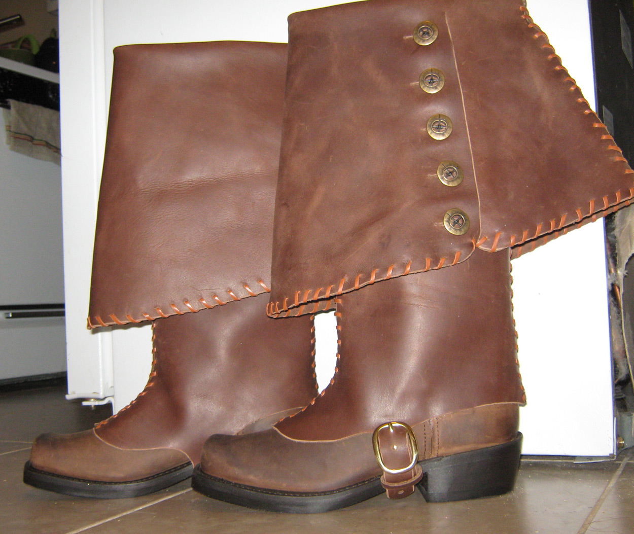 custom-pirate-boots-leather-stitching-009.jpg