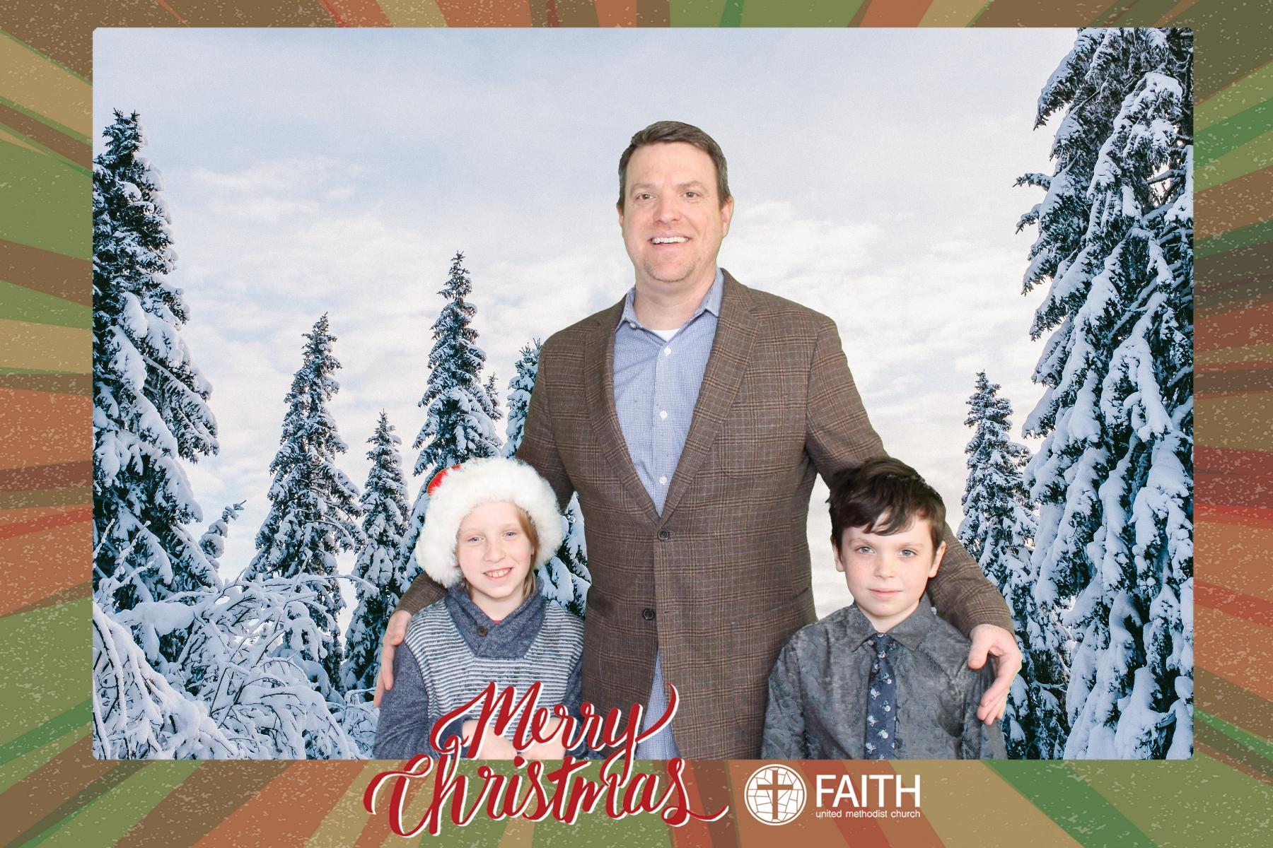 Faith2018_2018-12-24_15-17-11.jpg