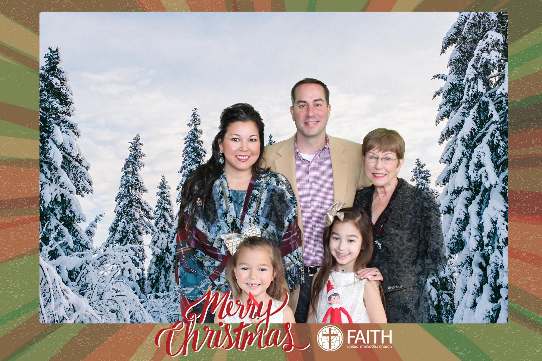 Faith2018_2018-12-24_15-21-37.jpg