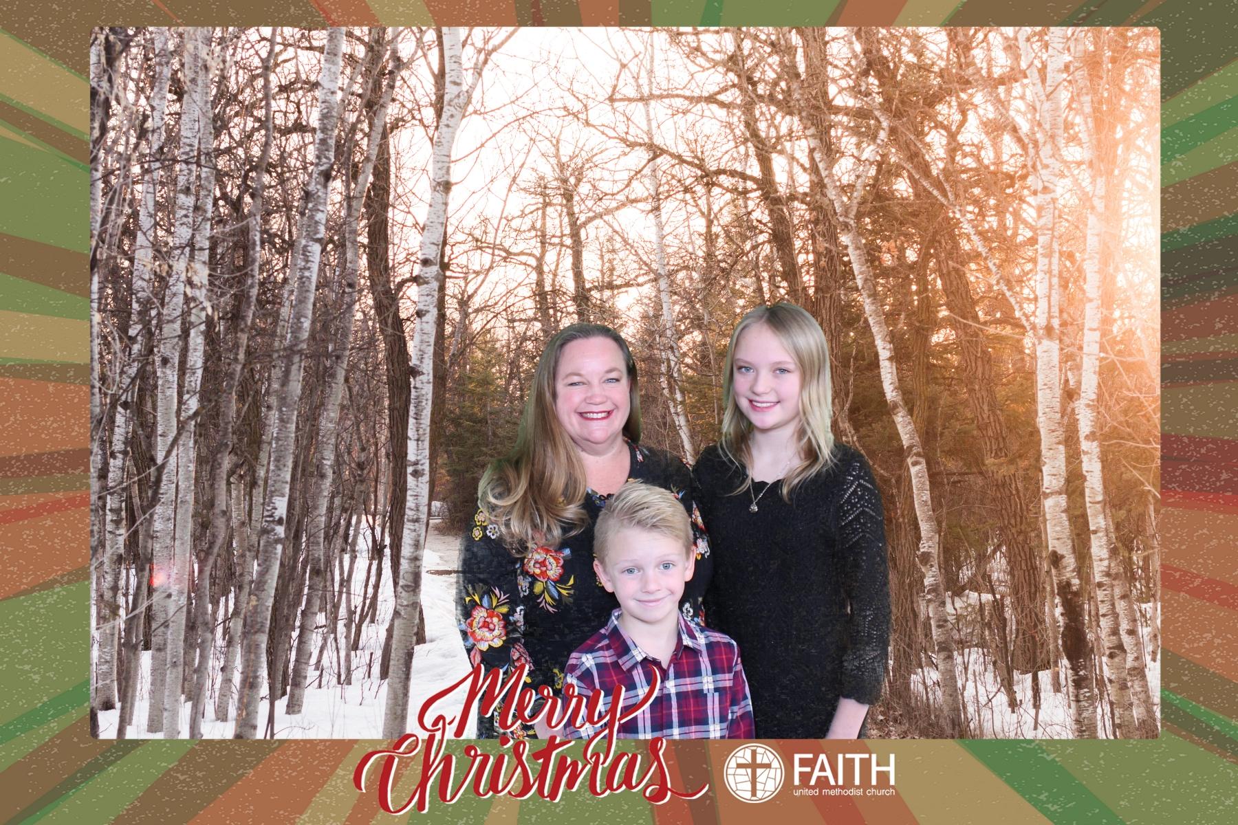 Faith2018_2018-12-24_15-24-36.jpg