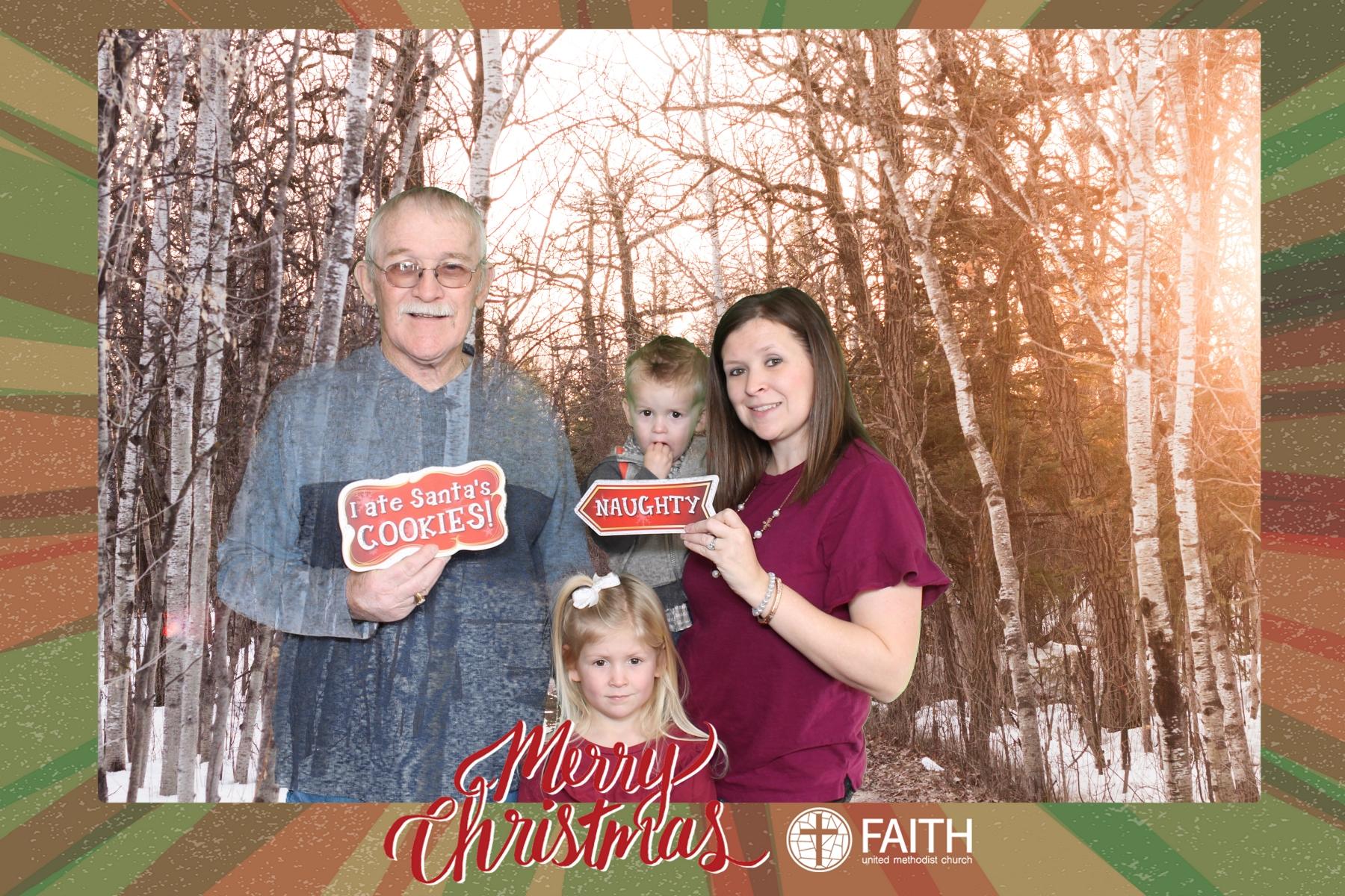 Faith2018_2018-12-24_15-31-56.jpg