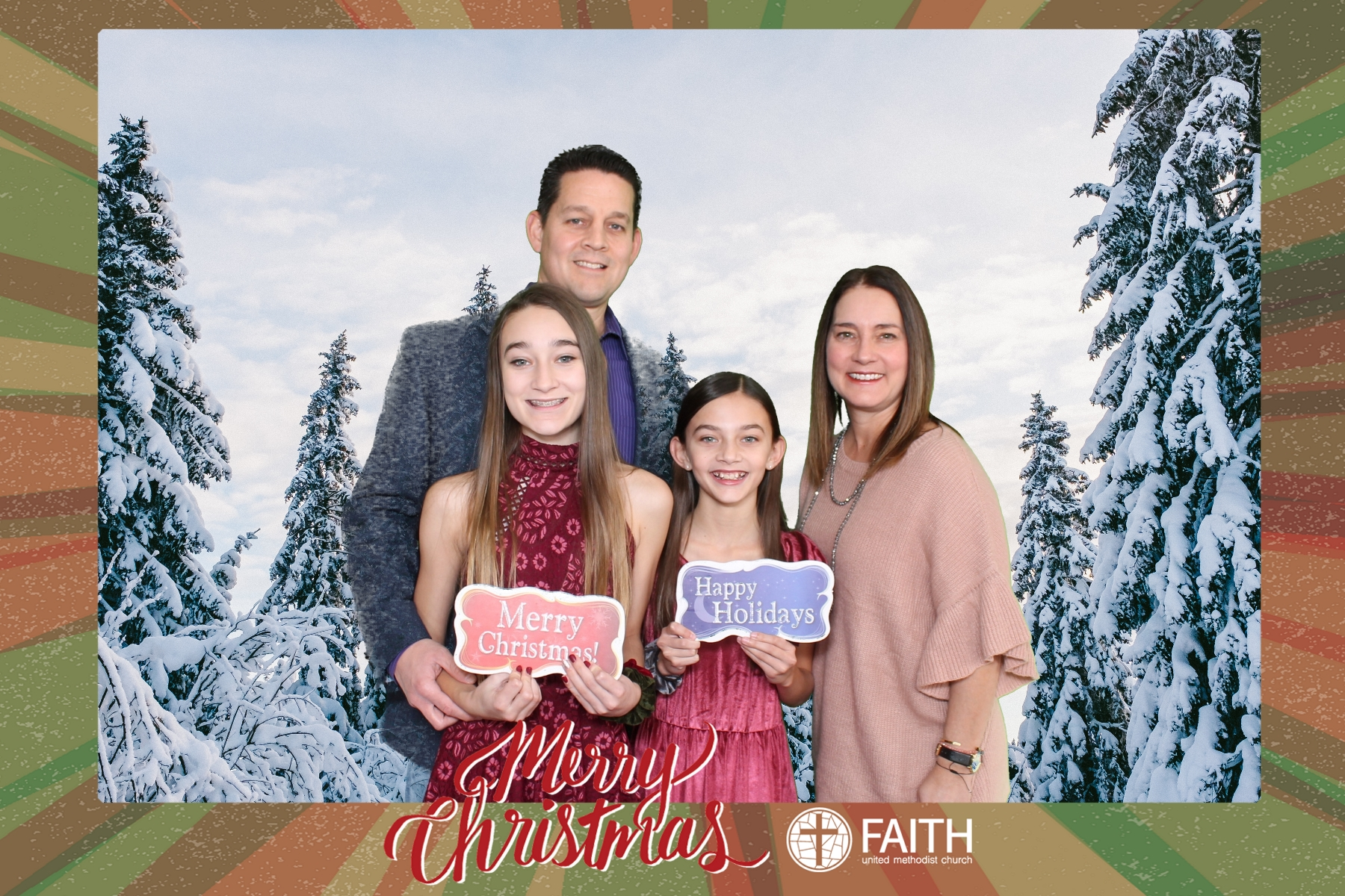 Faith2018_2018-12-24_15-36-02.jpg