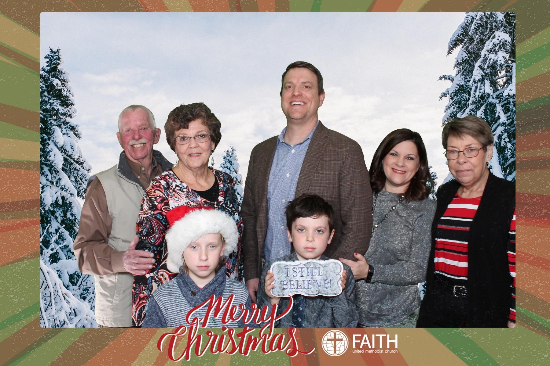 Faith2018_2018-12-24_16-42-03.jpg