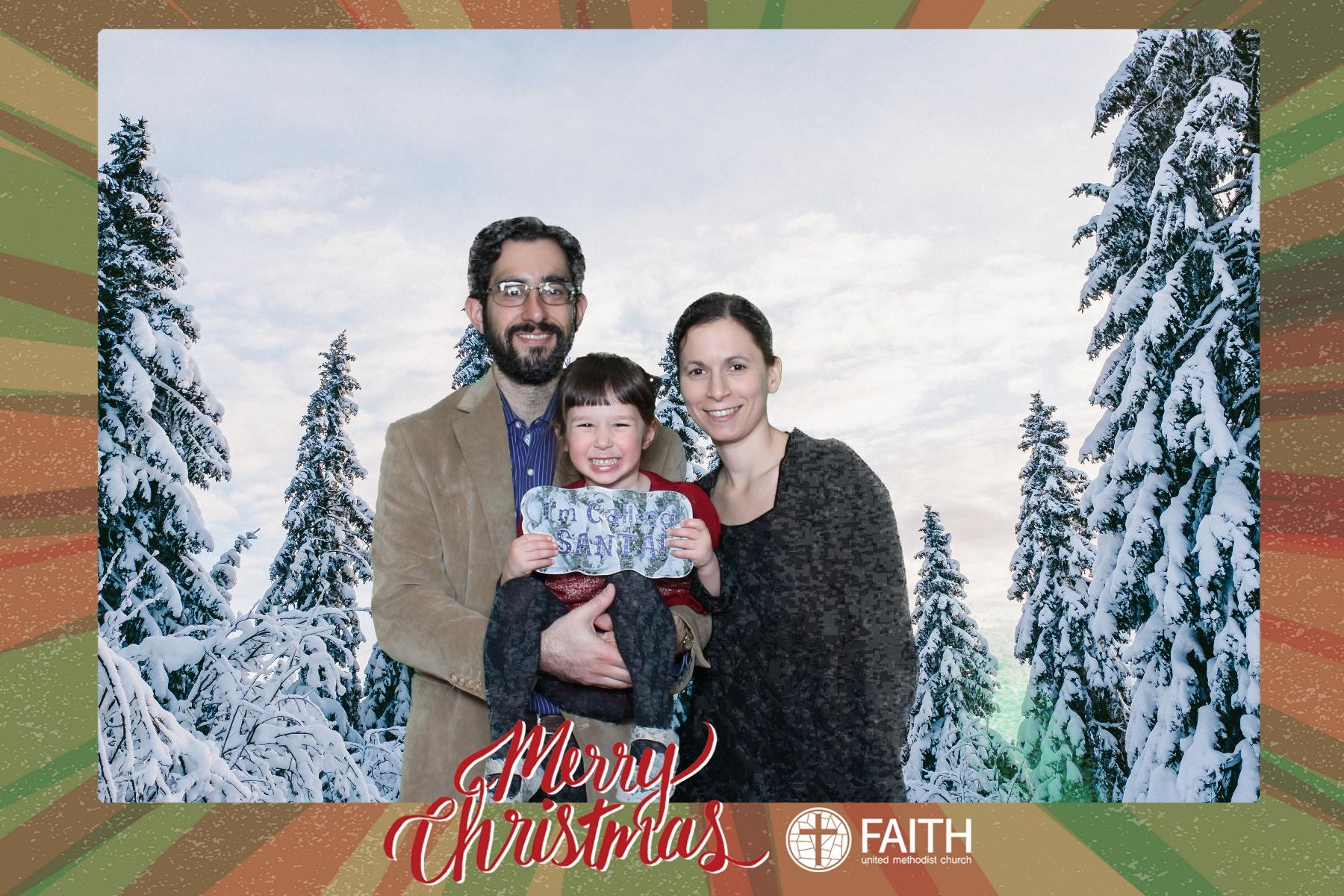 Faith2018_2018-12-24_16-54-19.jpg