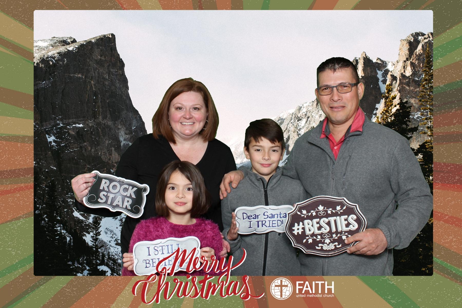 Faith2018_2018-12-24_18-46-16.jpg