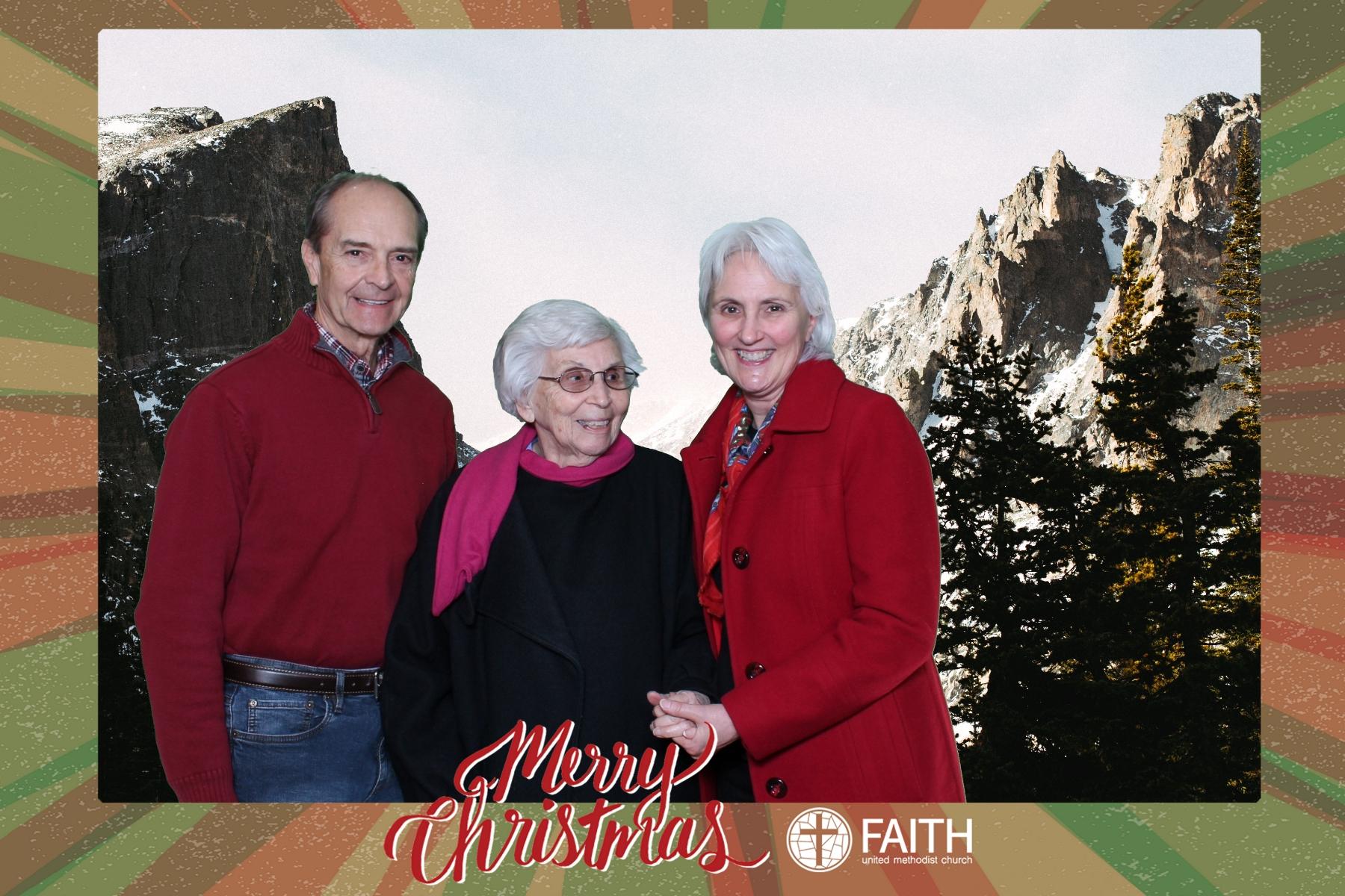 Faith2018_2018-12-24_18-54-19.jpg