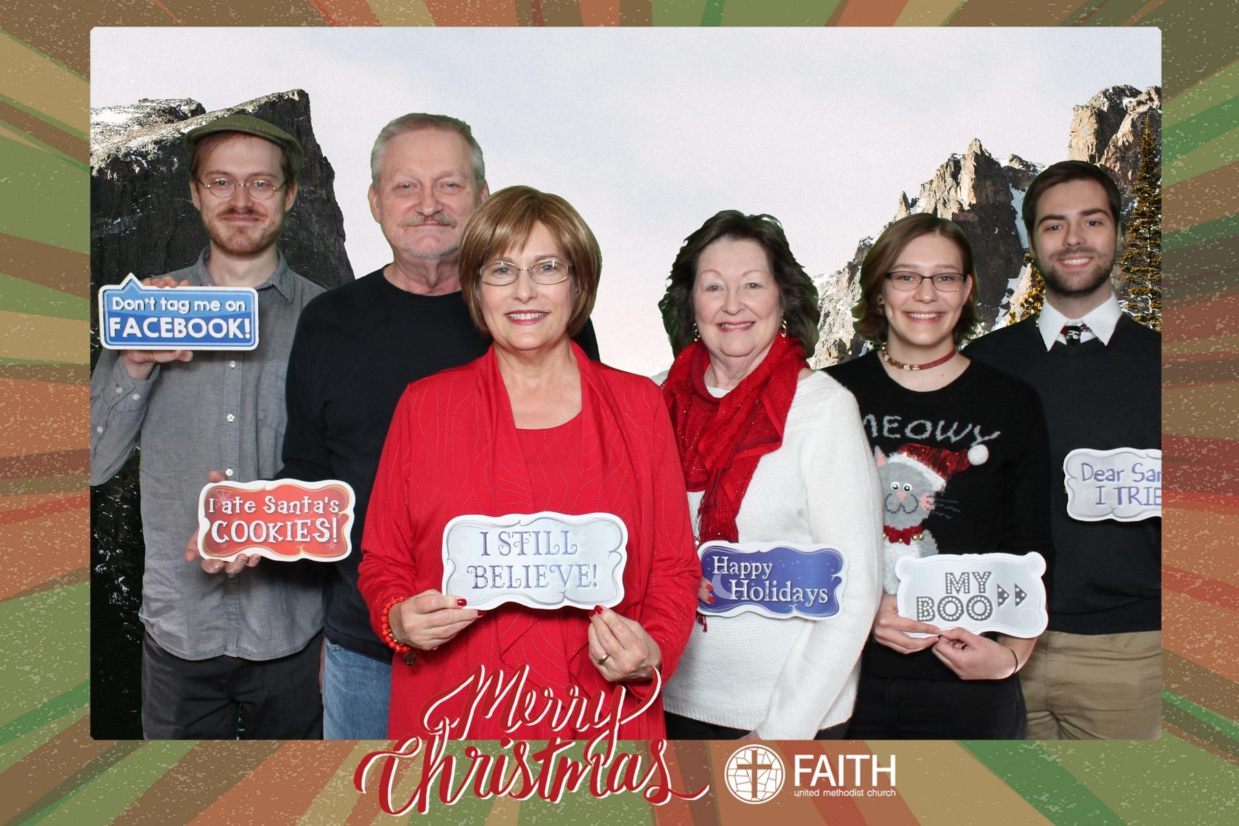 Faith2018_2018-12-24_19-05-25.jpg