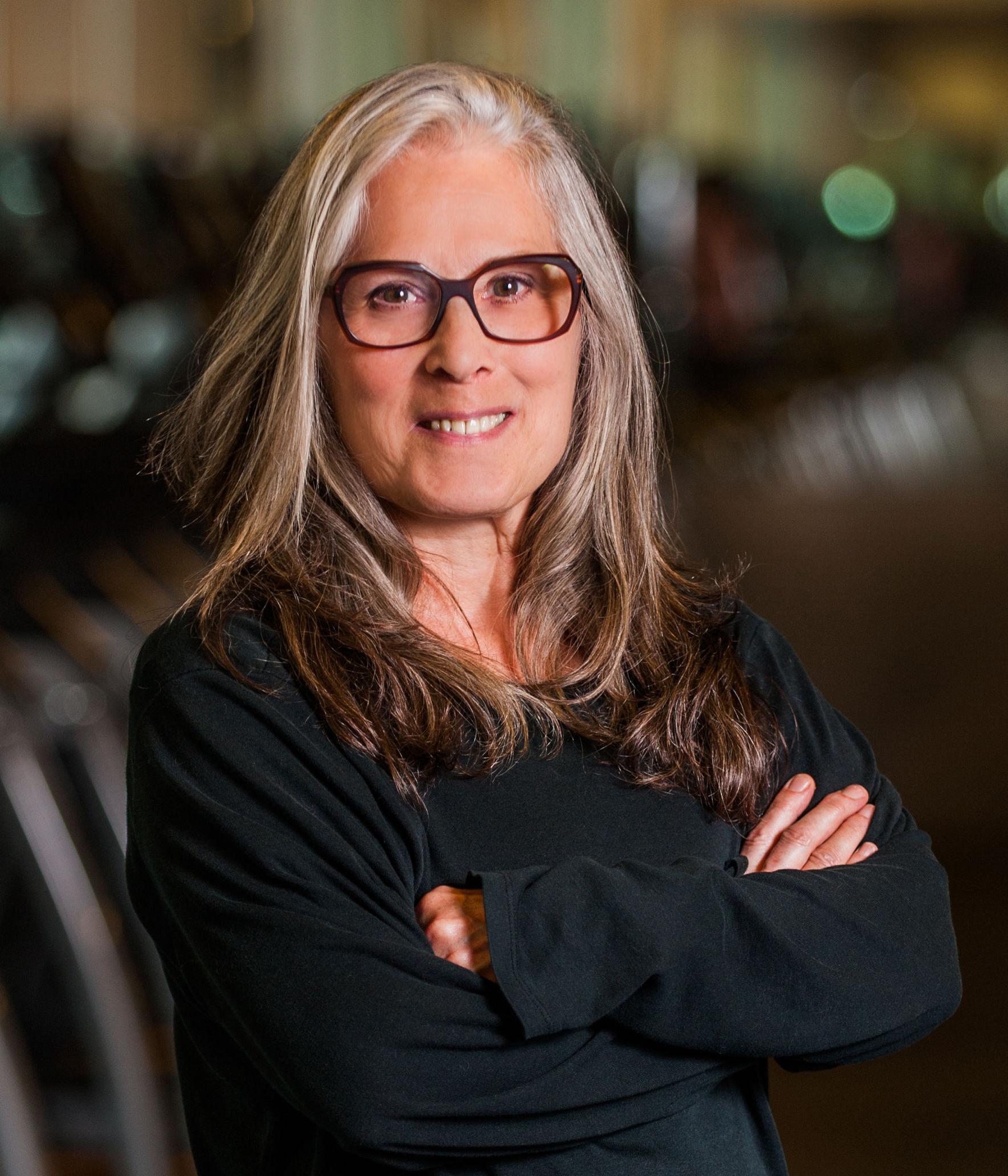 Shanna Linn, Yoga Teacher