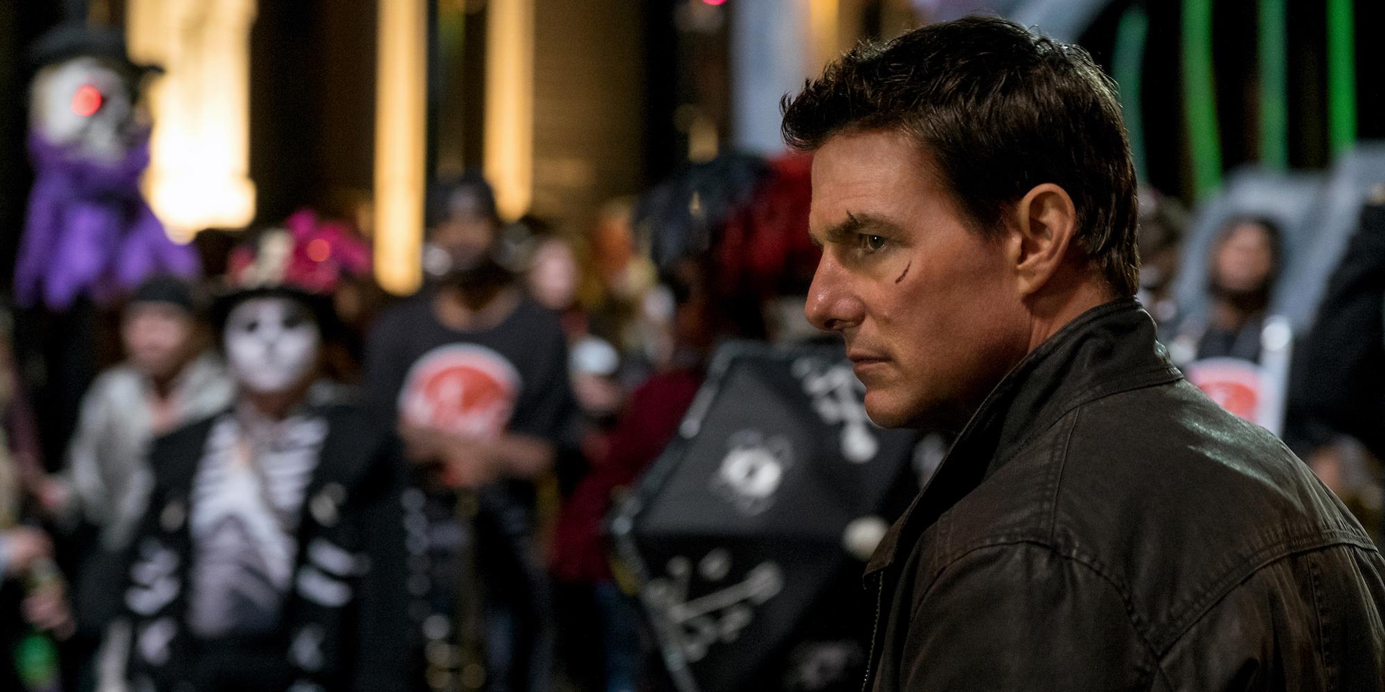 Reacher (Tom Cruise) ordner opp selv om skurken forsøker å ramme hans akilleshæl.
