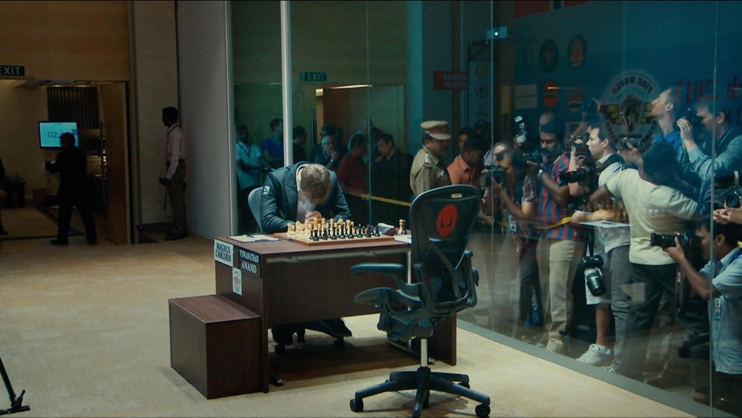 Magnus Carlsen var langt nede under de første rundene i kampen mot den indiske verdensmesteren Vishy Anand.