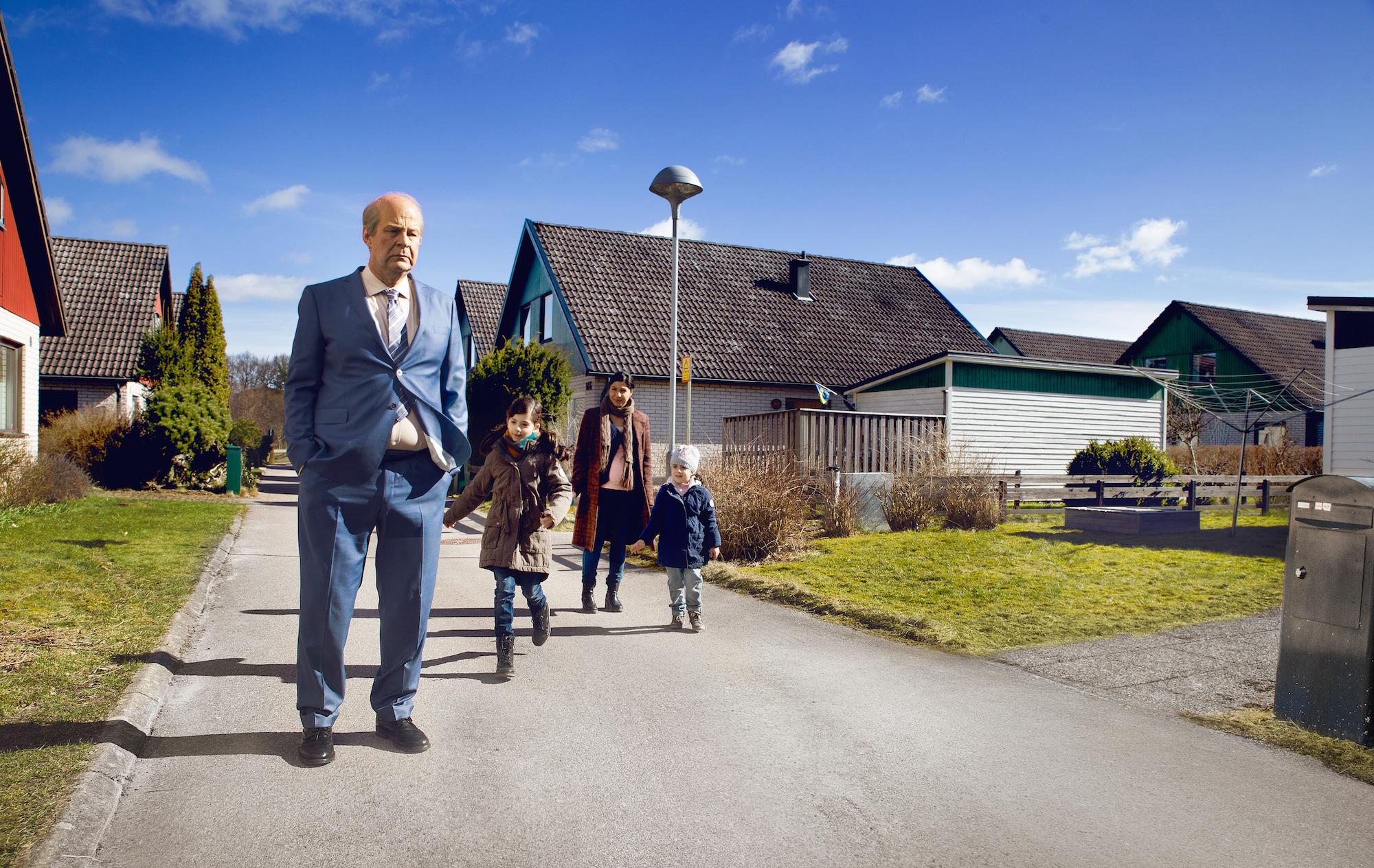 Rolf Lassgård som Ove i Hannes Holms film «En mann ved navn Ove».