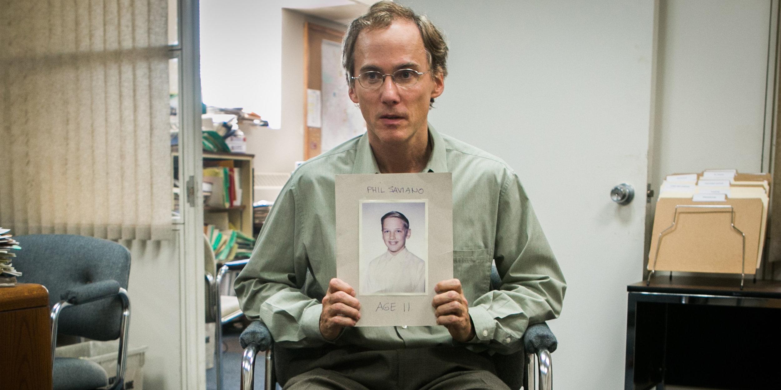 Et av ofrene for katolske presters overgrep forteller til Spotlight-redaksjonen hva det har gjort med ham.