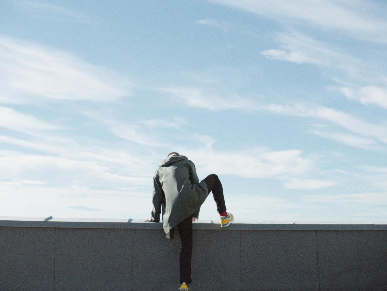 I Hiorthøys filmfortelling rammer døden som tilfeldighet eller overraskelse.