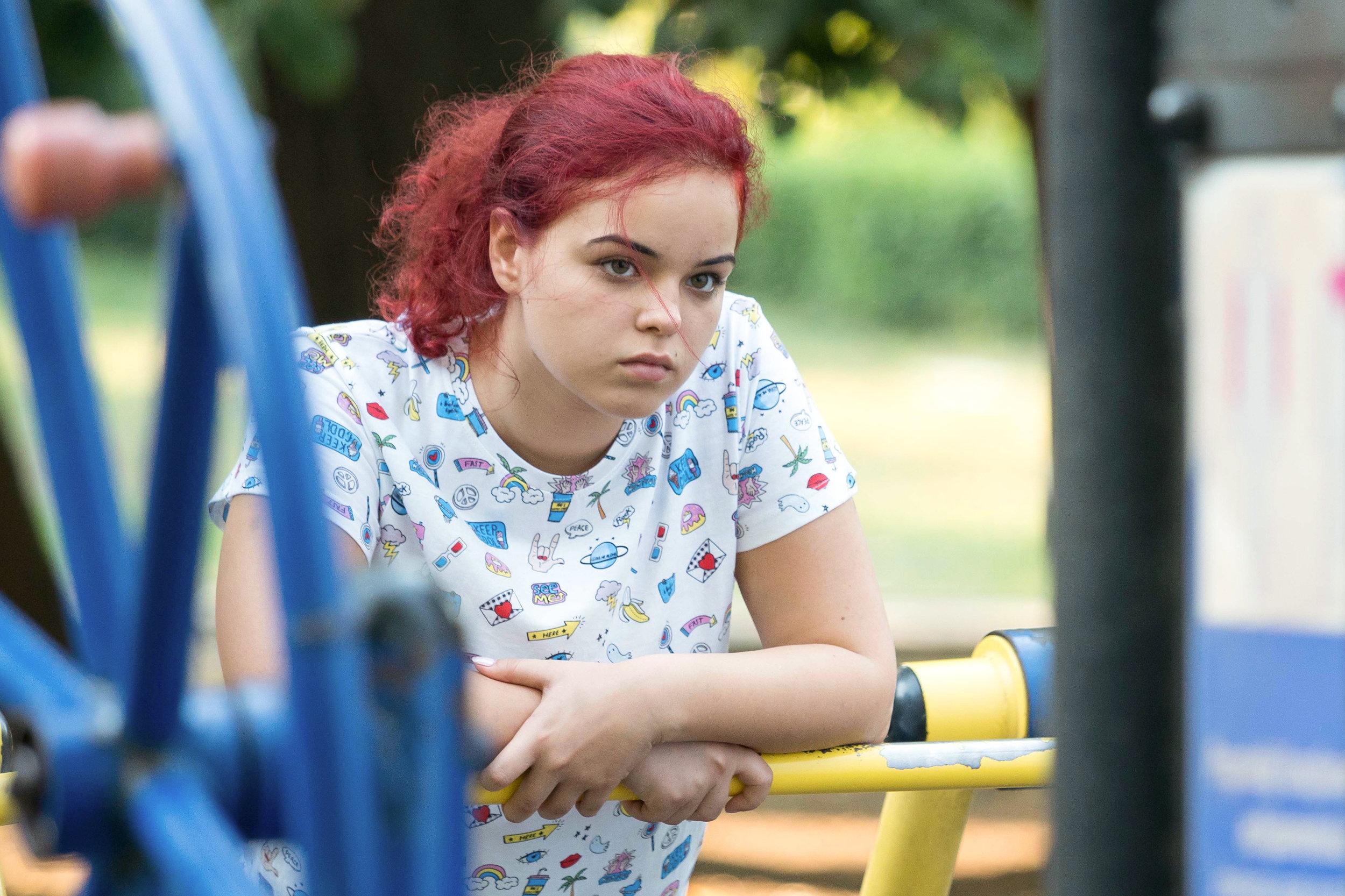 Regissør Radu Muntean har i Alice T. skapt en rasende hovedperson, 15-åringen Alice (Andra Guti).