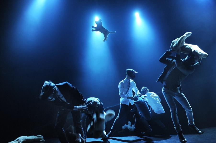 Fluenes herre  (2012): Instruktør Rolf Alme prøver ut påstanden om at gutter er født voldelige. Ungdomsteatret ved Rogaland Teater.