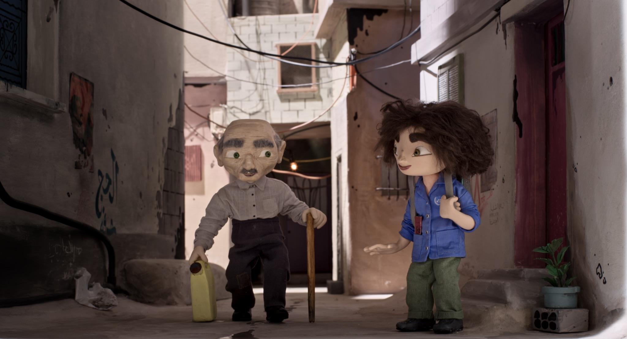 11-åringen Wardi og oldefar Sidi i den palestinske flyktningeleiren Bourj al Baranej i Beirut. (Foto: Europafilm)