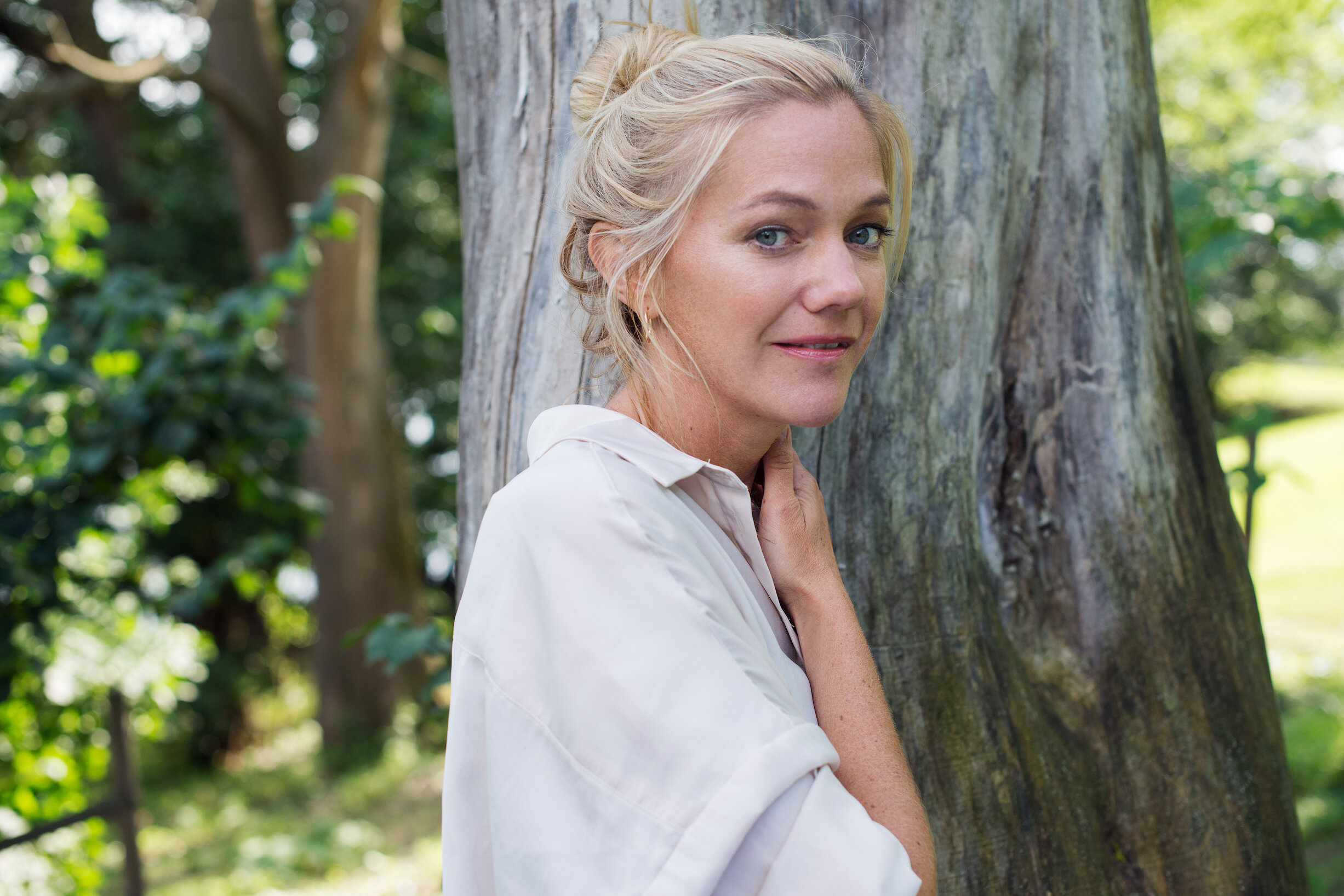 Maja Lunde er dypt engasjert i klimakrisen, men vil skrive åpne romaner som ikke gir leserne fasitsvar. (Foto: Aschehoug forlag)