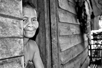 Semalai Woman - Tasek Bera / Malaysia, 2007, 30x40, Edition 3, 150 €