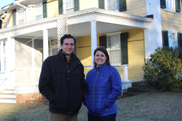 ANNETTE HINKLE PHOTO Stephen Searl, Sylvester Manor's new executive director, and Tracy McCarthy, the organization's new director of operations, in front of the Manor House.