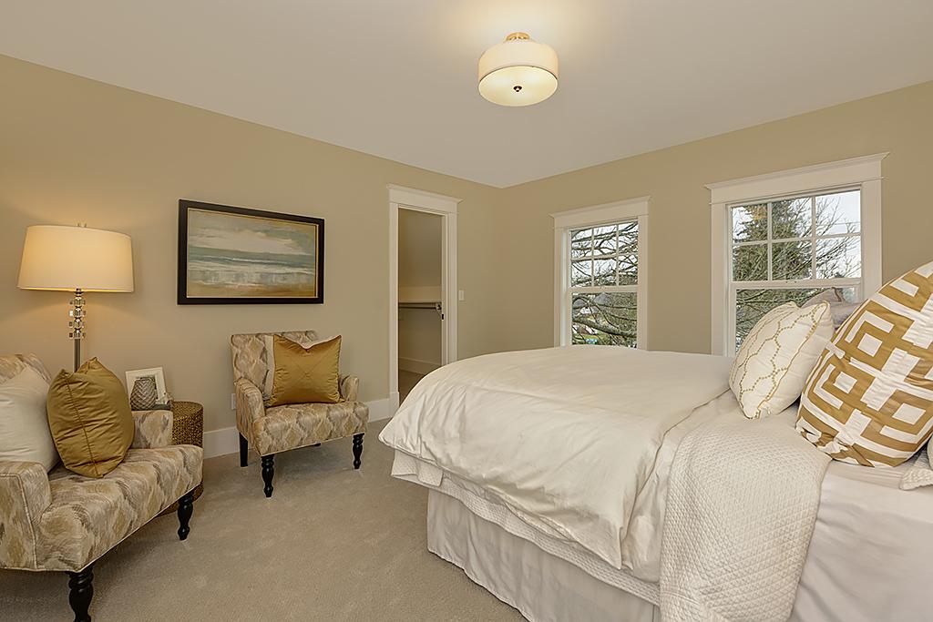 bedroom 4b.jpg