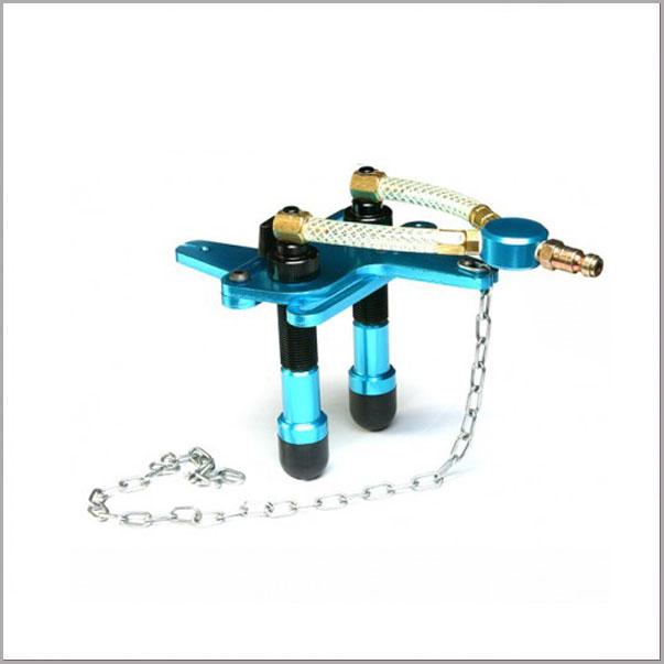BA14 - GM Plastic Reservoir Adapter