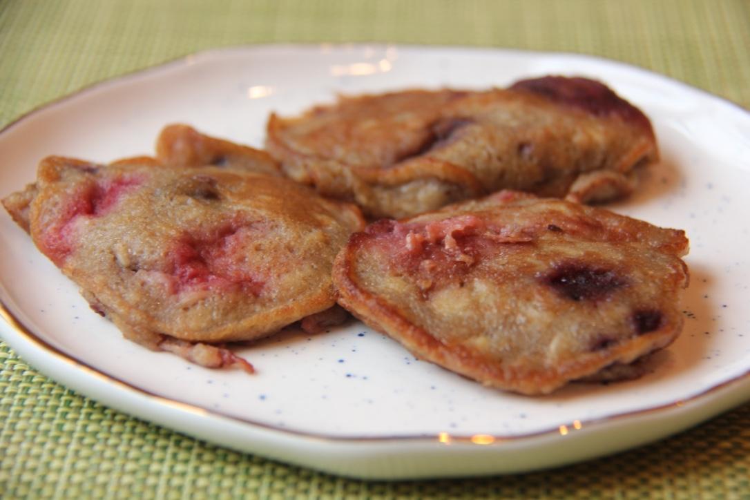 banana-blackberry-blender-pancakes