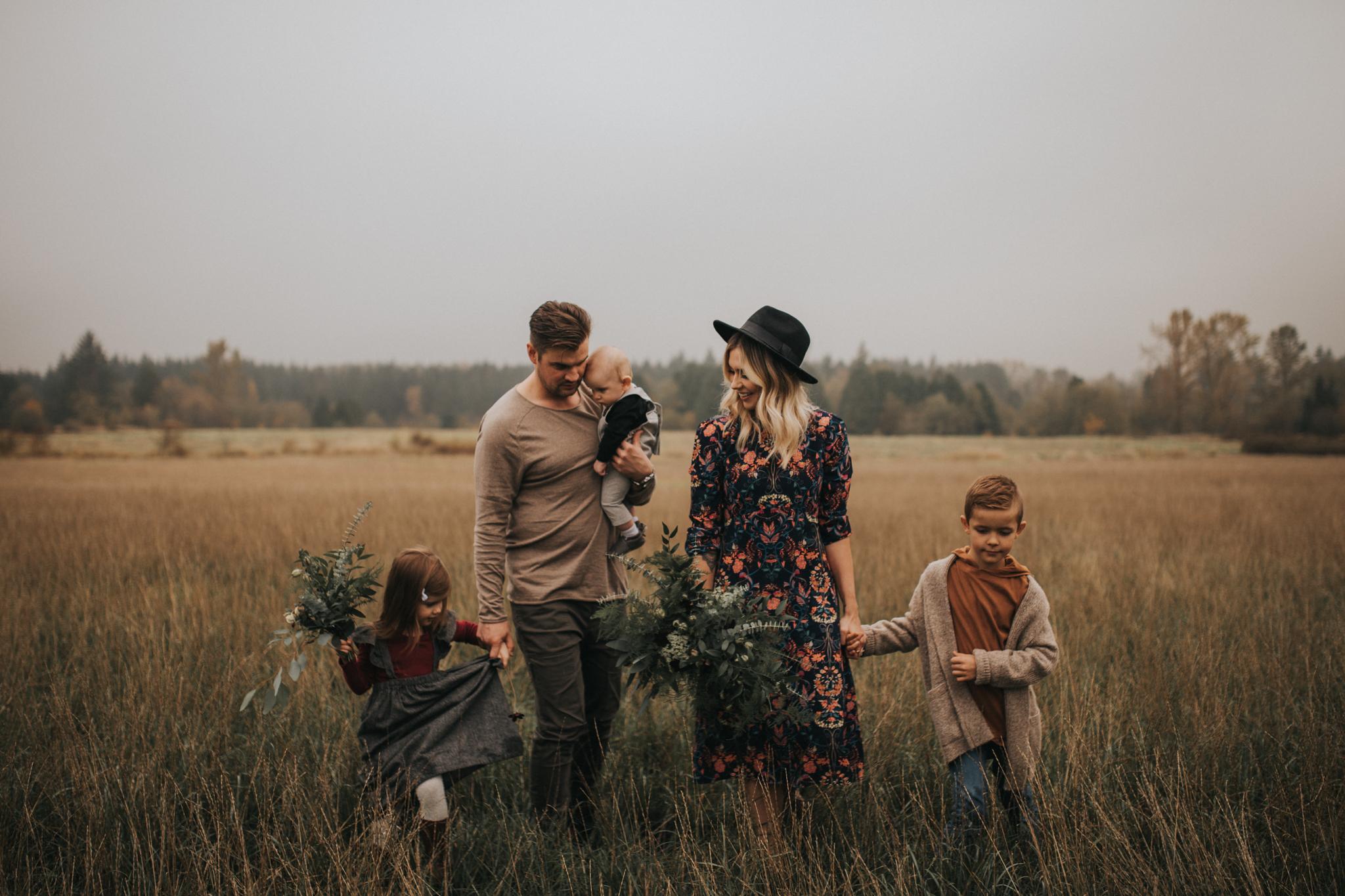 langley_family_photographer_boho_campbell_valley_park_06.JPG