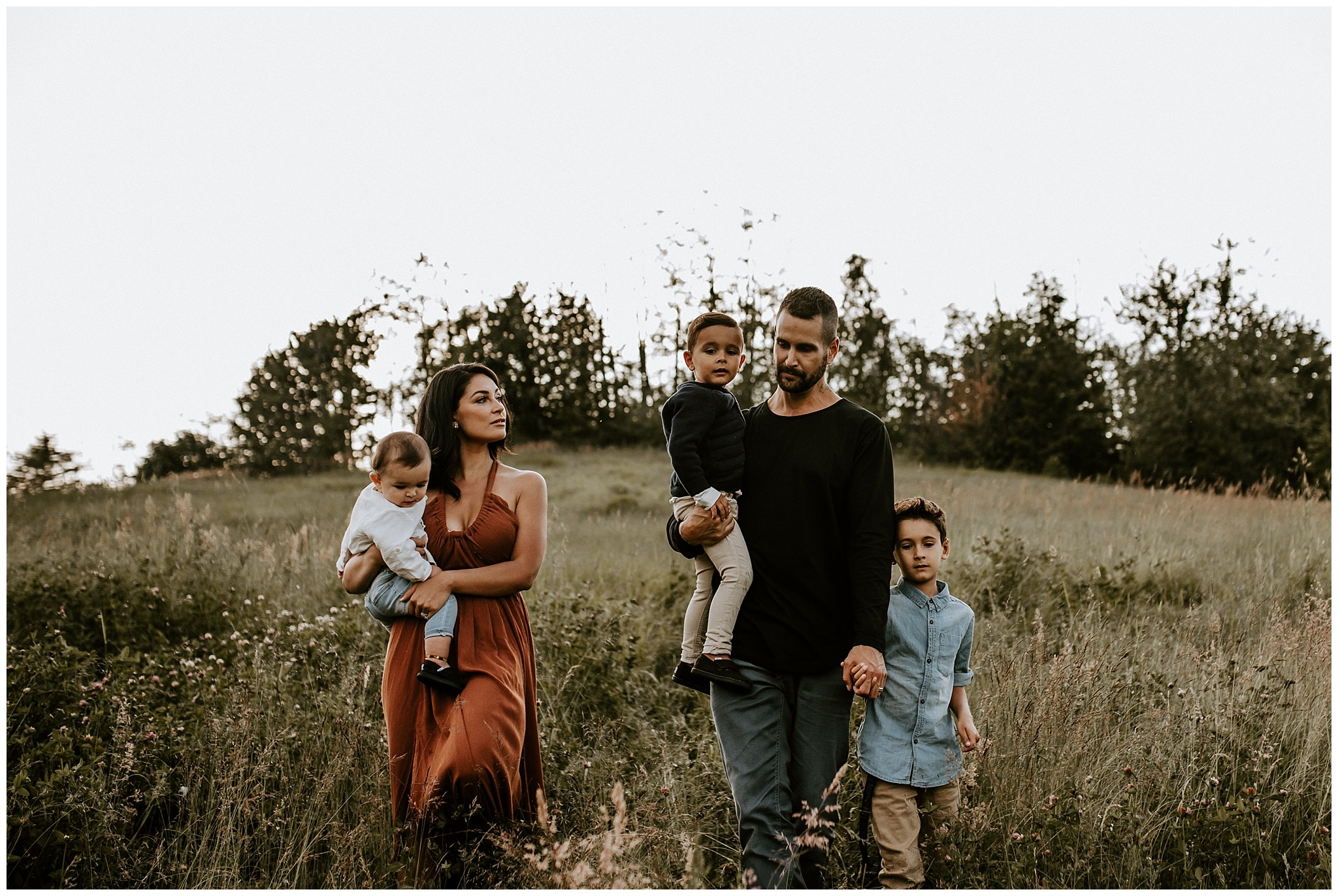 Vancouver family photos in golden light and tall grassy field