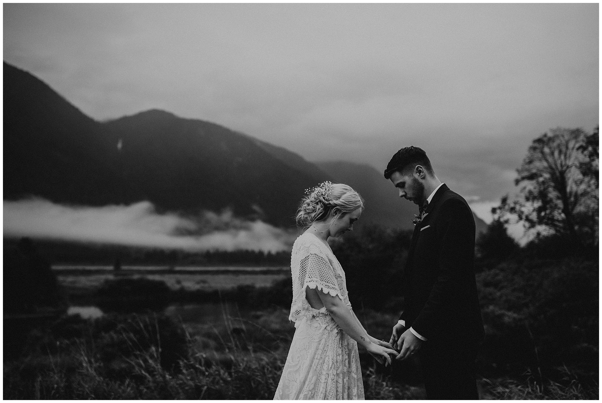 pitt-lake-advenutre-elopement-british-columbia-036.JPG