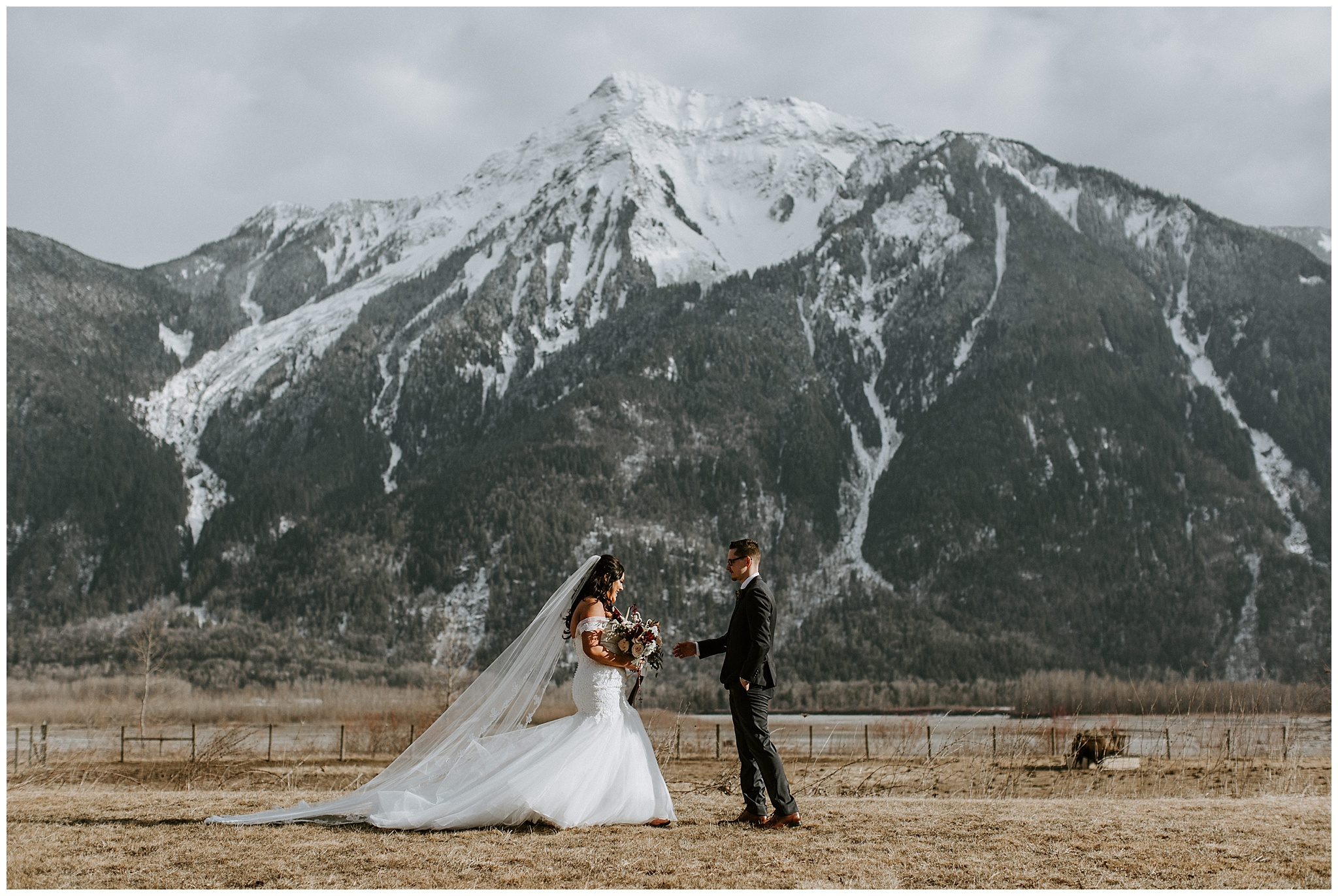 A first look in front of the mountains at the Fraser River Lodge