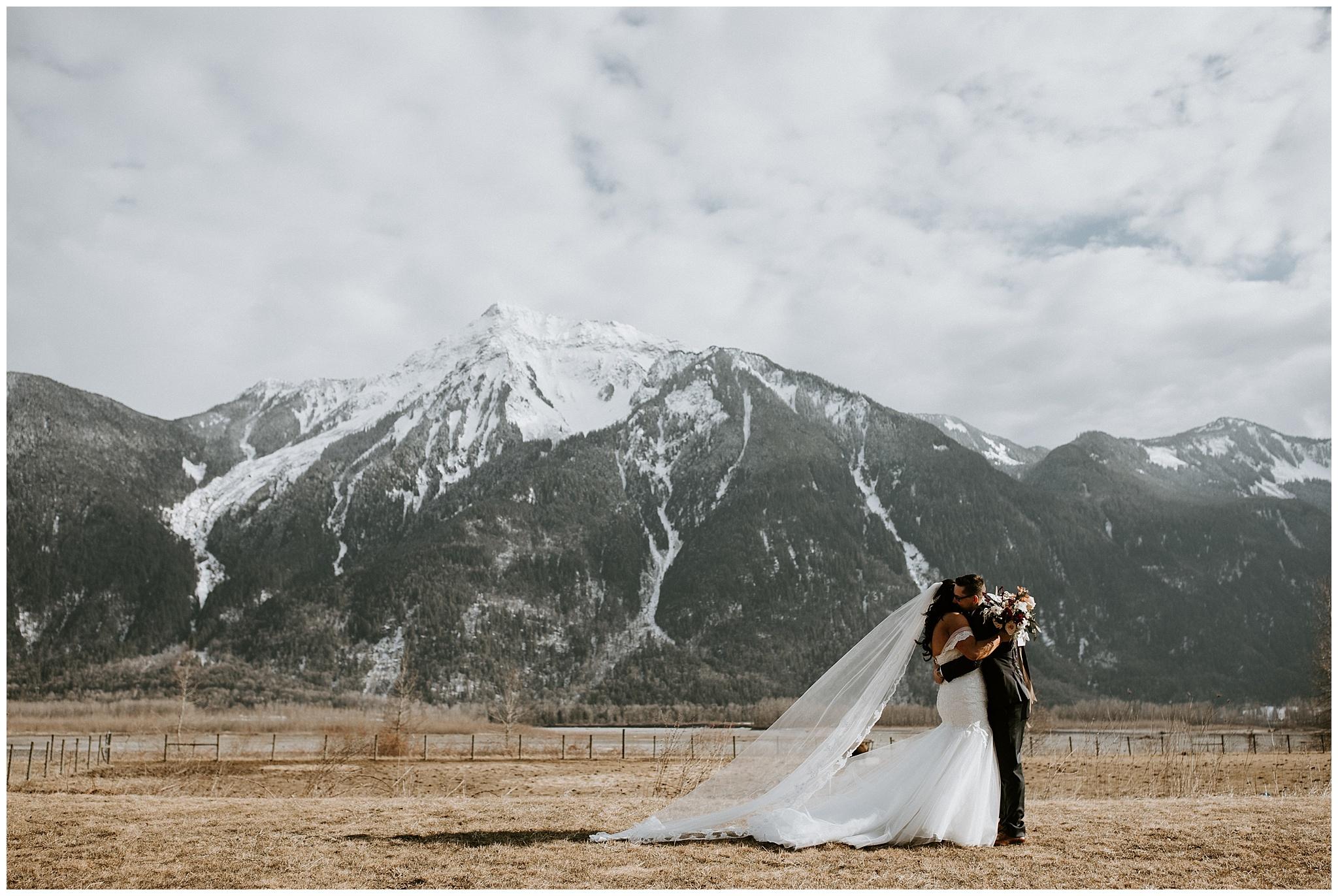 fraser-river-lodge-wedding-027.JPG