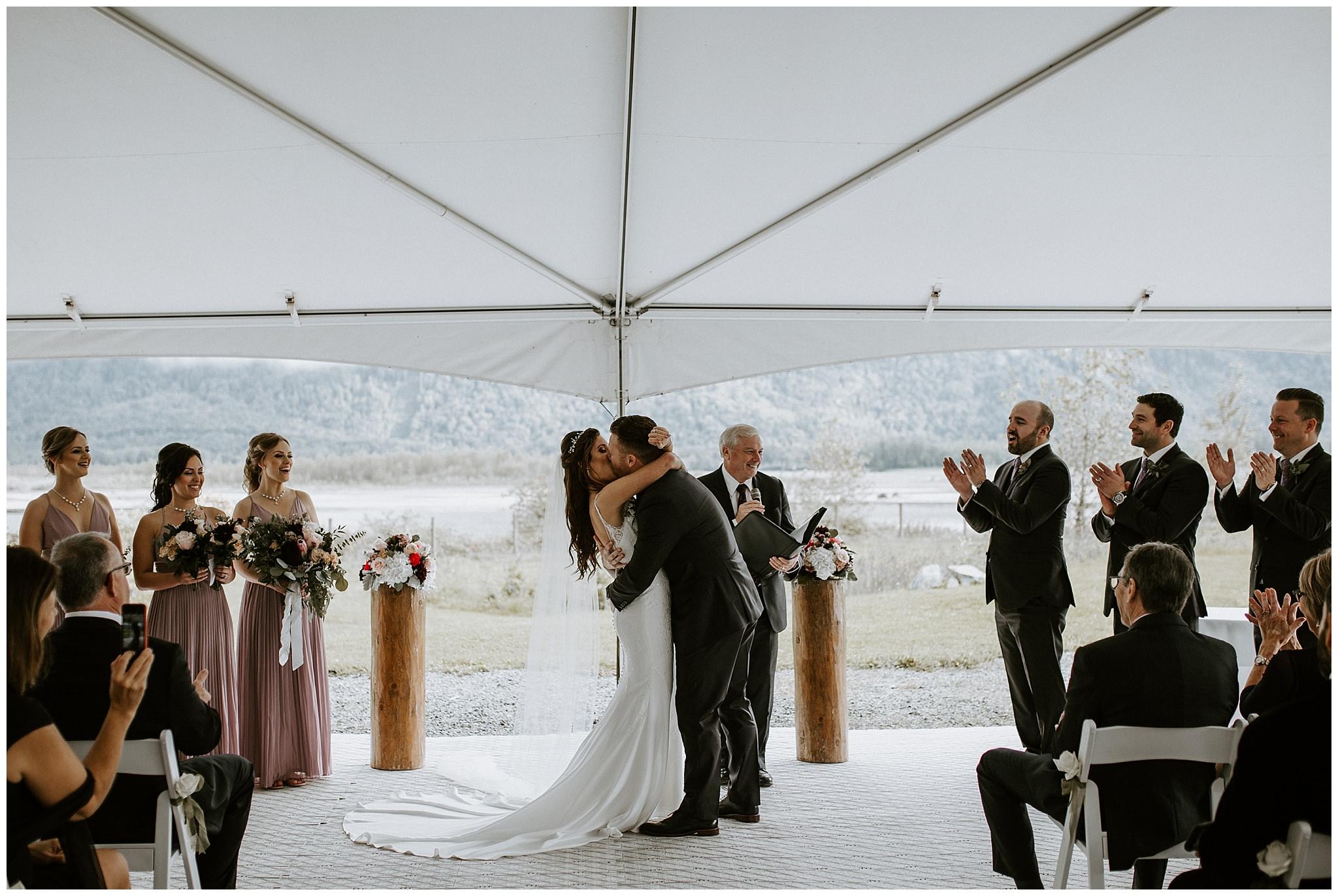 fall-wedding-fraser-river-lodge-039.JPG