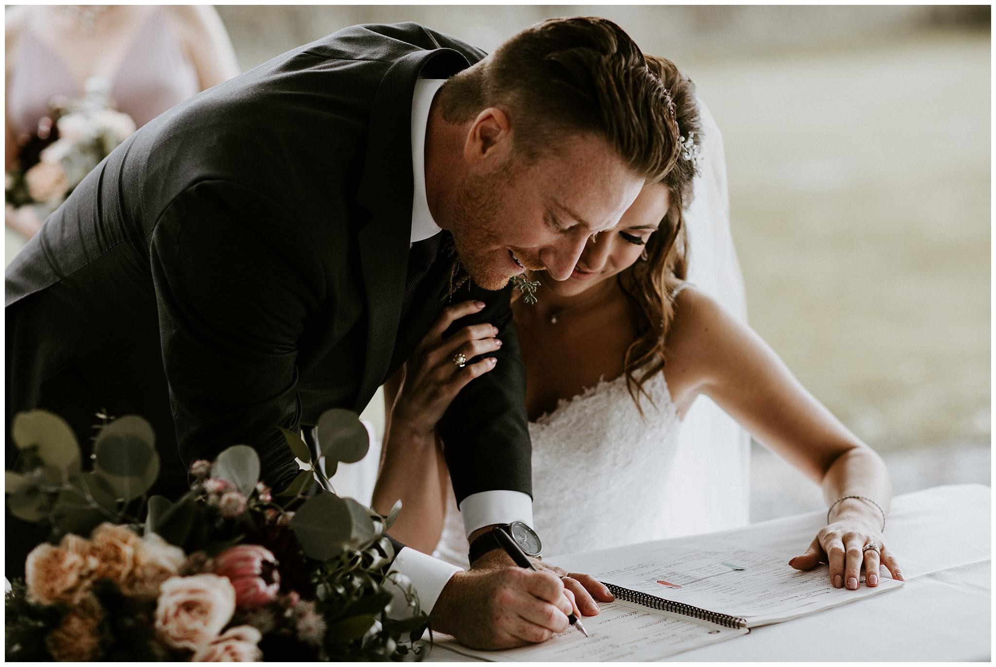 fall-wedding-fraser-river-lodge-040.JPG