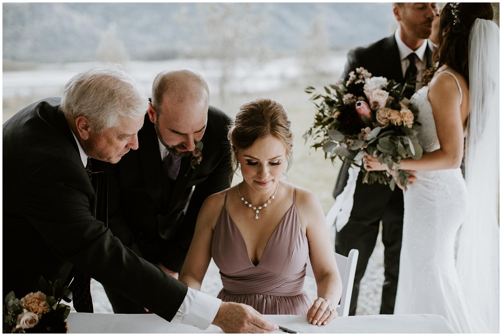 fall-wedding-fraser-river-lodge-041.JPG