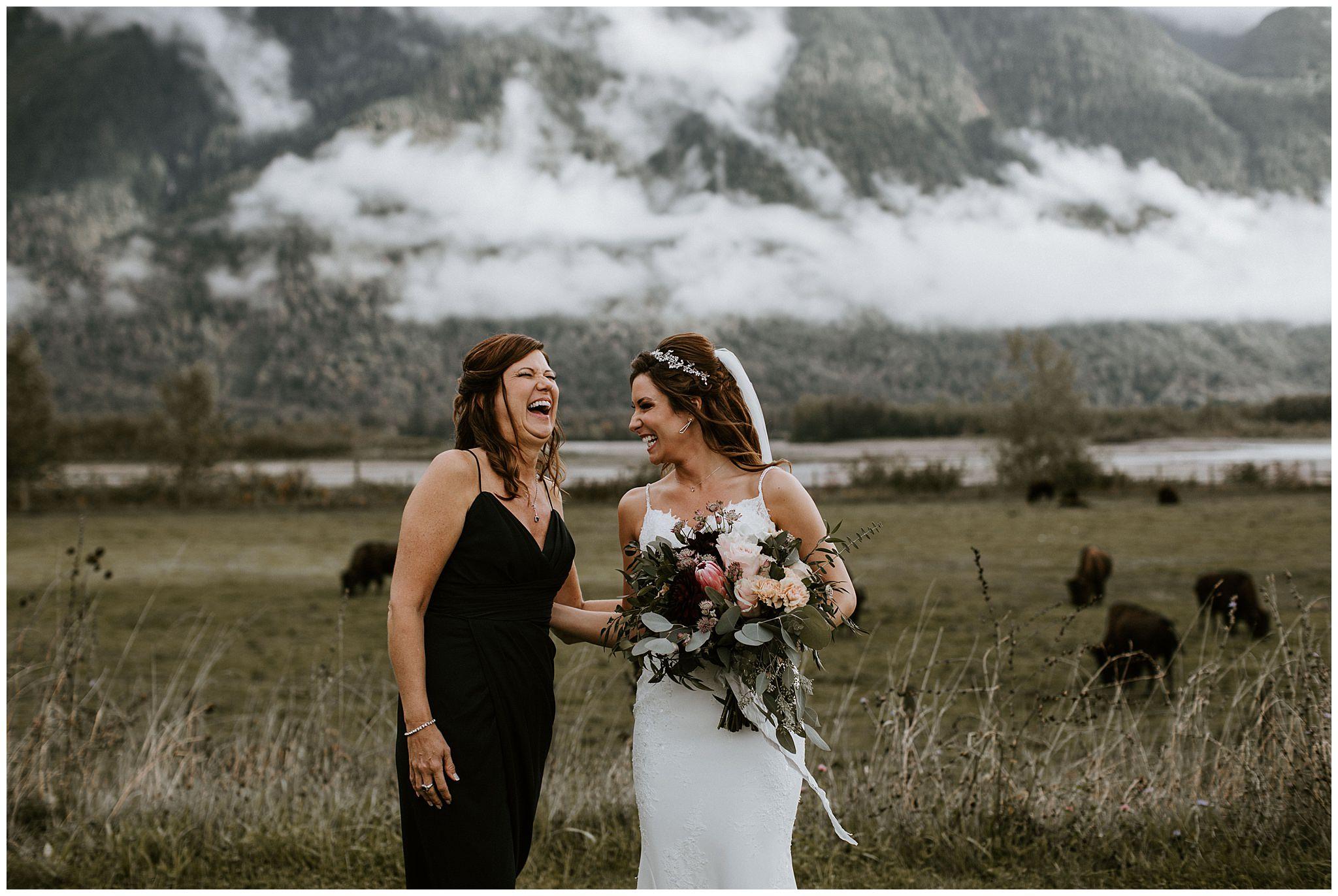 fall-wedding-fraser-river-lodge-053.JPG