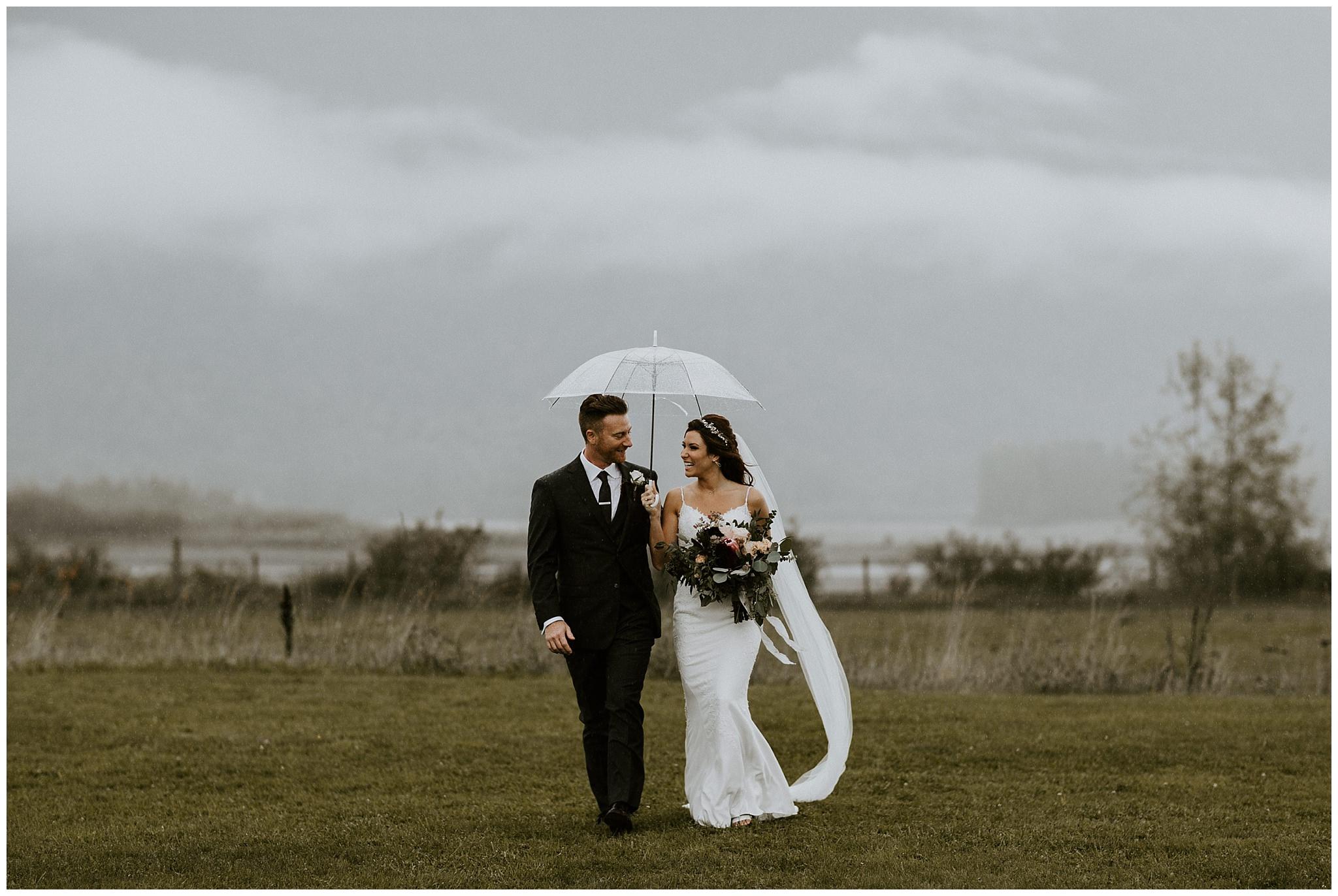 fall-wedding-fraser-river-lodge-073.JPG